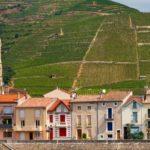 Tain-l'Hermitage, rive gauche du Rhône, au pied de la colline de l'Hermitage