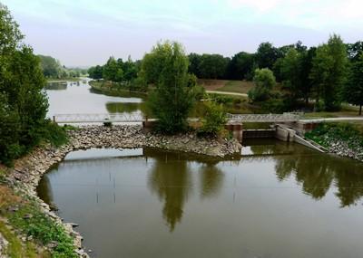 Le Layon vu depuis le pont de Chalonnes